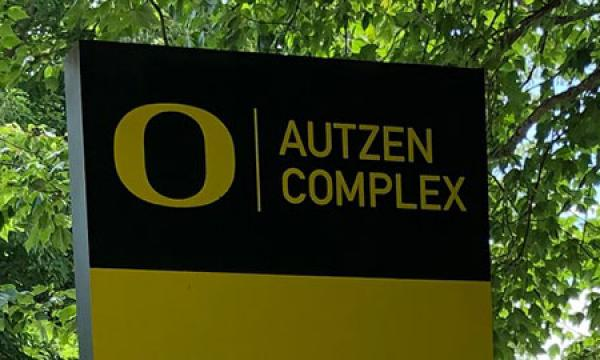 entry sign at autzen stadium